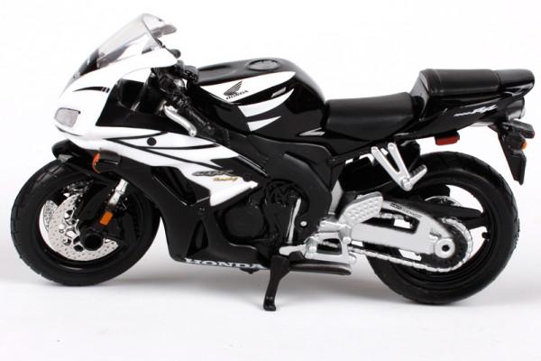 Honda CBR1000RR  1:18 Maisto