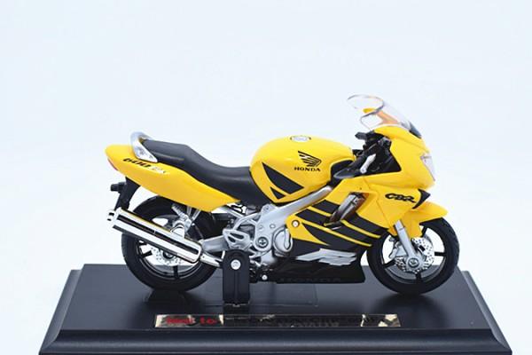 Honda CBR600F4 1:18 Maisto