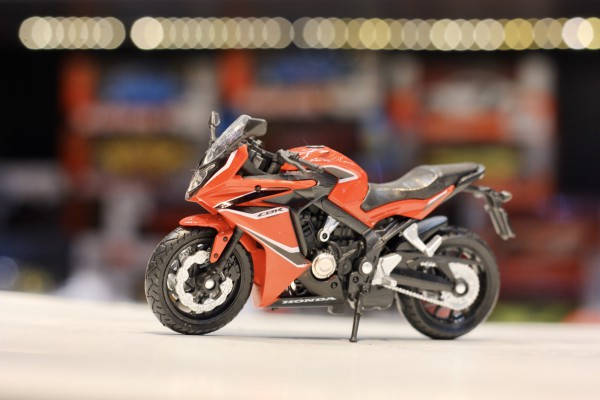 Honda CBR650F 2018 1:18 Welly