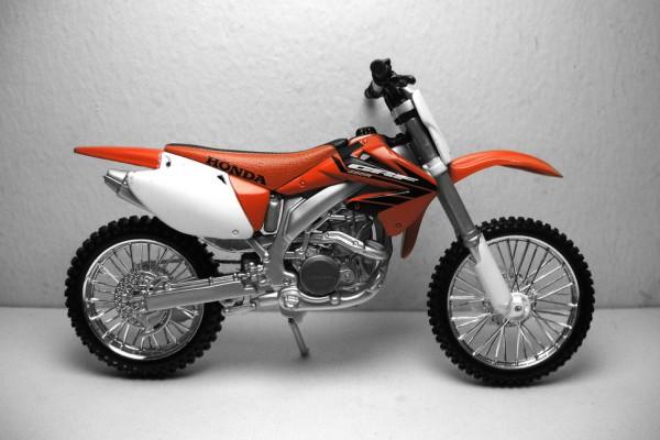 Honda CRF 450R 1:12 Maisto