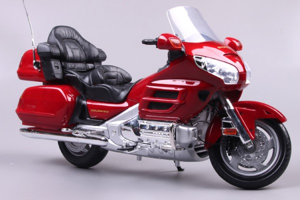 Honda Gold Wing 1:6 MotorMax