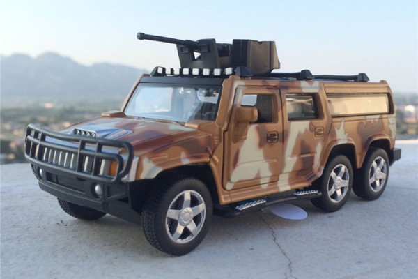 Hummer H2 6x6 1:32 Alloy Metal