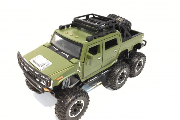 Hummer H2 SUT 6x6 Off-Road 1:32 TY Models