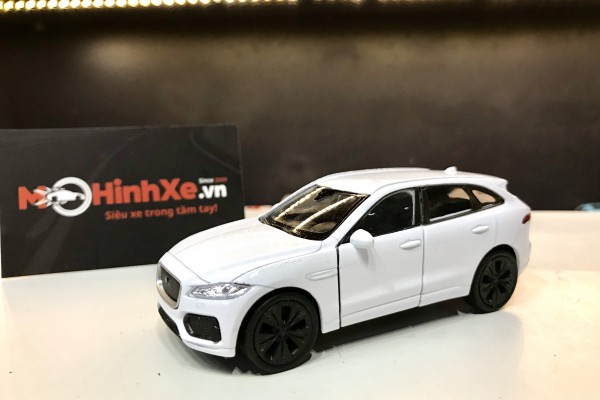 Jaguar F-Pace 1:36 Welly