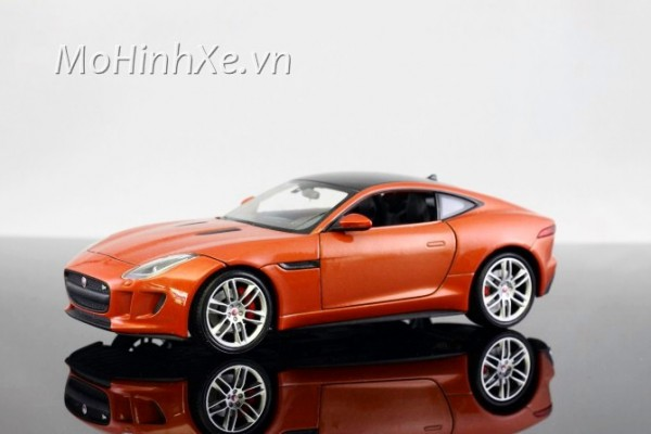 Jaguar F-Type Coupe 1:24 Welly