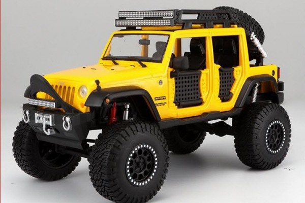 Jeep Wrangler Unlimited 2015 Off-Road 1:24 Maisto