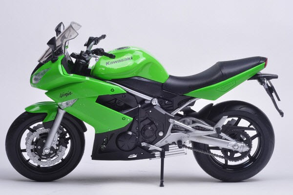 Kawasaki Ninja 650R 1:10 Welly