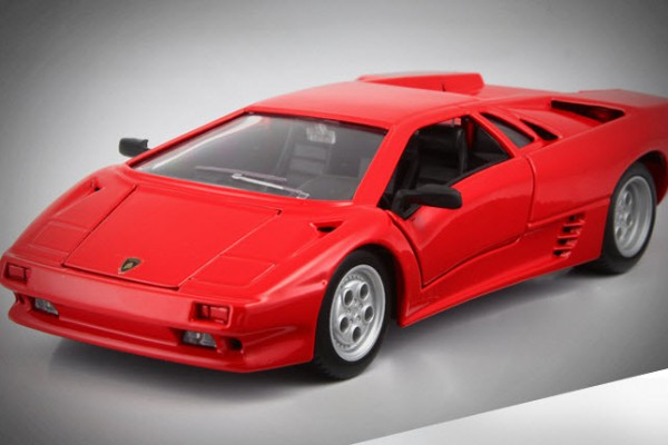 Lamborghini Diablo 1:24 Maisto