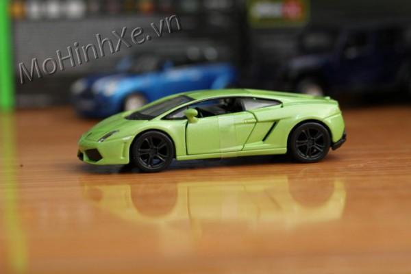 Lamborghini Huracan LP610-4 1:32 Bburago