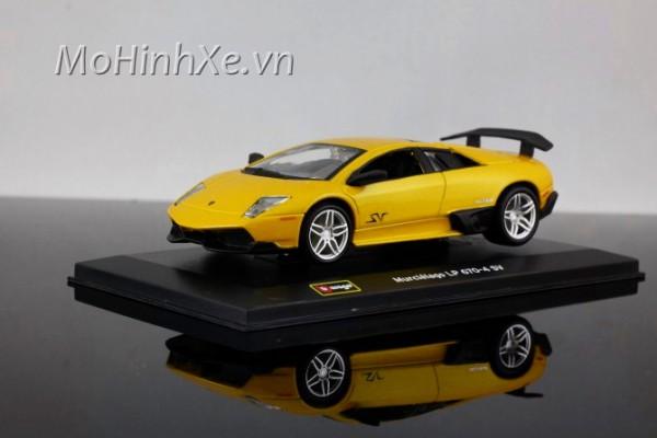 Lamborghini Murcielago LP670-4 SV 1:32 Bburago