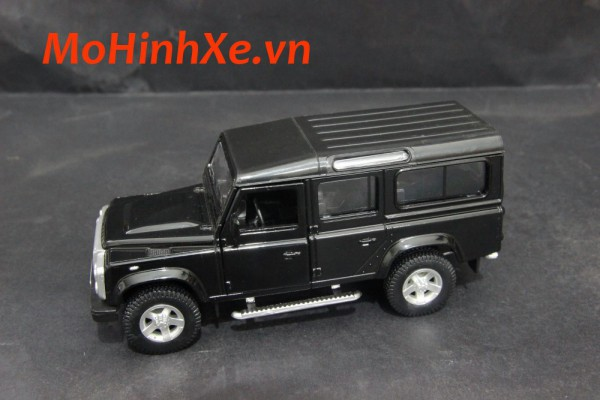 Land Rover Defender 1:36 RMZ City
