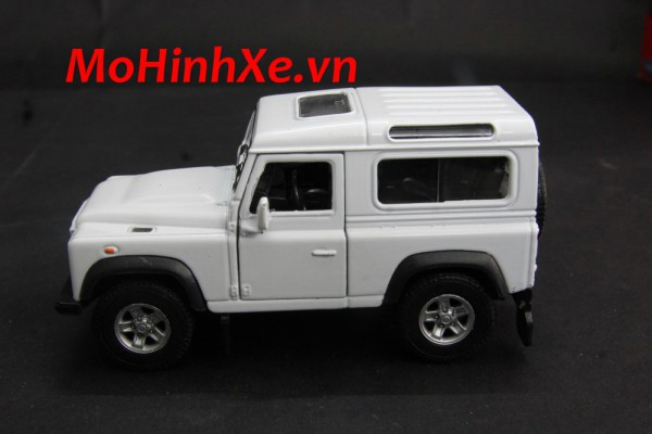 Land Rover Defender 1:36 Welly