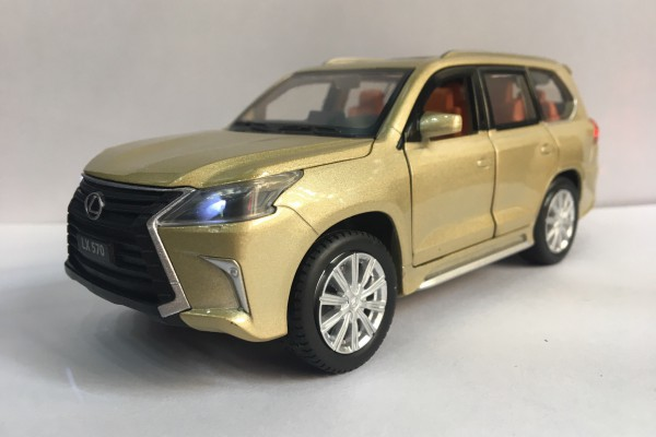 Lexus LX570 1:32 Jackiekim