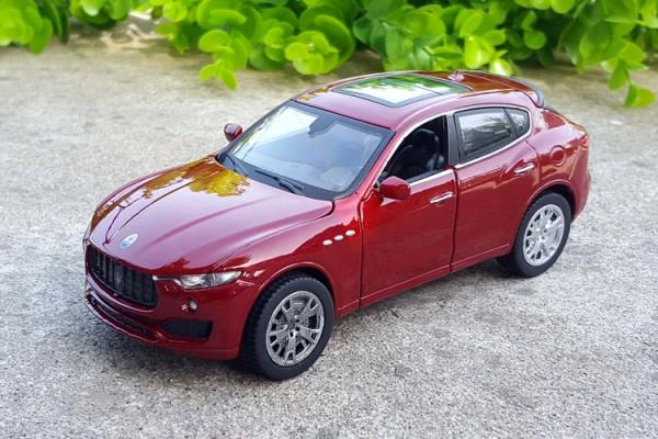Maserati Levante 1:32 MZ