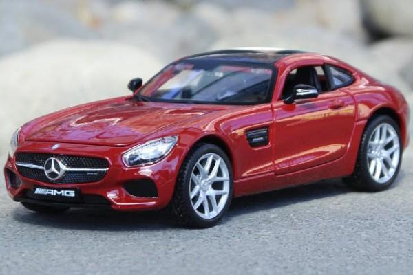 Mercedes-Benz AMG GT 1:24 Maisto