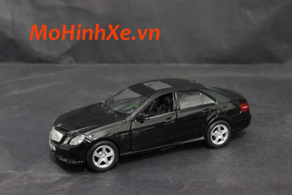 Mercedes-Benz E63 AMG 1:36 RMZ City