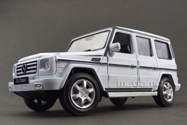 Mercedes-Benz G-Class 1:24 Welly-FX