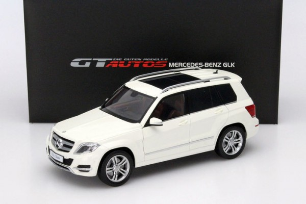 Mercedes-Benz GLK 1:18 GT Autos