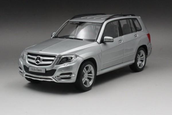 Mercedes-Benz GLK-Class 1:18 Maisto