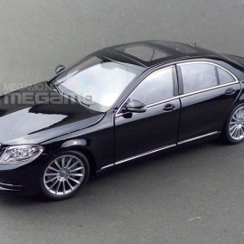 Mercedes-Benz S-Class 1:24 Welly-FX