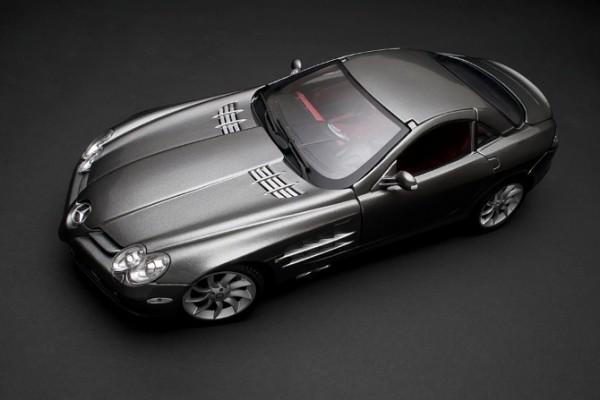 Mercedes-Benz SLR McLaren 1:18 Maisto