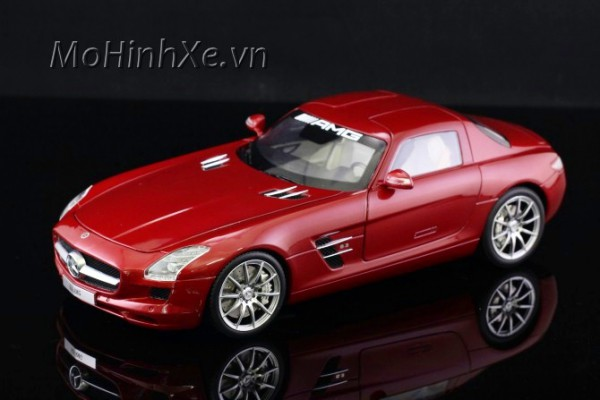 Mercedes-Benz SLS AMG 1:18 GT Autos