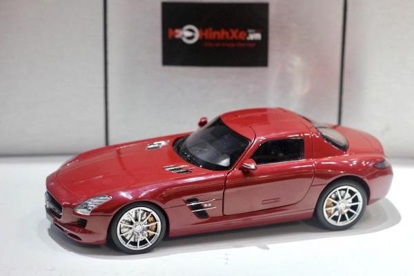Mercedes-Benz SLS AMG 1:18 GT Autos
