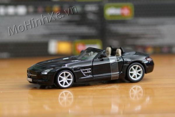 Mercedes-Benz SLS AMG Roadster 1:32 Bburago