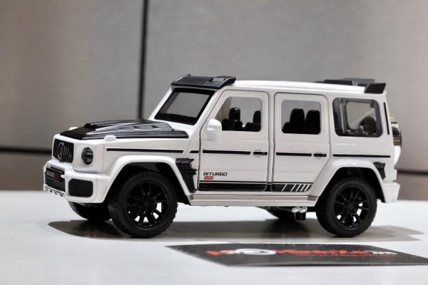 Mercedes-Brabus G700 1:32 Double Horses