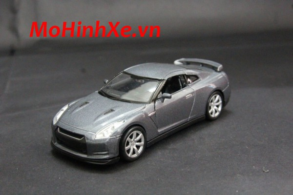 Nissan GT-R 1:36 Welly