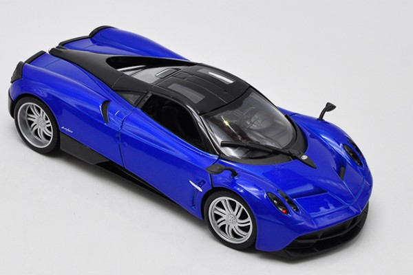 Pagani Huayra 1:24 Welly-FX