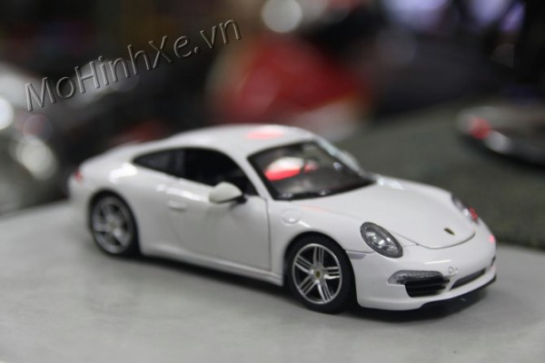 Porsche 911 Carrera S 1:24 Rastar