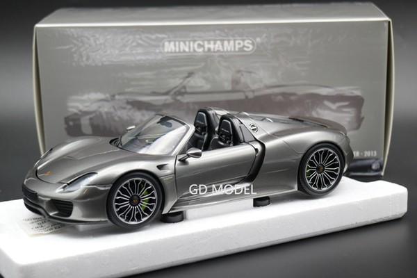 Porsche 918 Spyder 1:18 Minichamps
