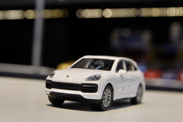 Porsche Cayenne Turbo 1:36 Welly