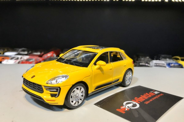 Porsche Macan Turbo 1:32 TY Models