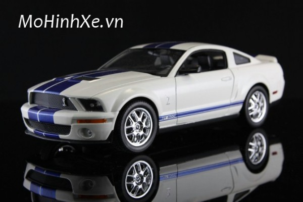 Shelby Cobra GT500 1:24 Welly
