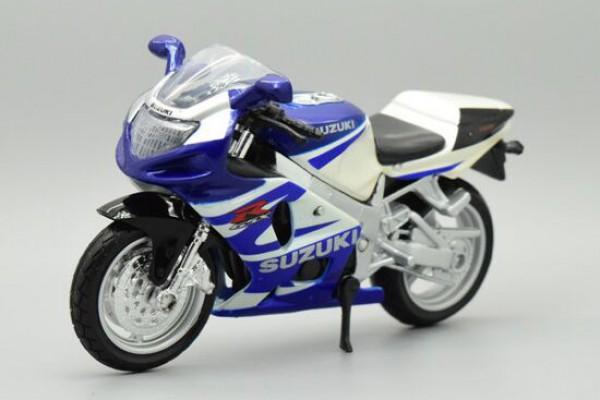 Suzuki GSX R750 1:18 Maisto