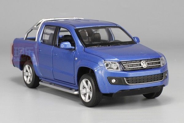Volkswagen Amarok 2017 1:32 MSZ