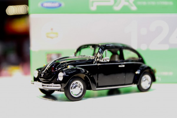 Volkswagen Beetle (Hard-Top) 1:24 Welly