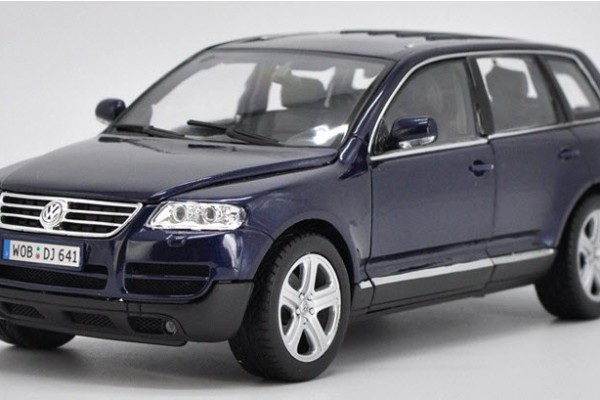 Volkswagen Touareg 1:18 Welly
