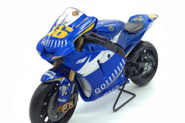 Yamaha M1 GP No.46 1:18 NewRay