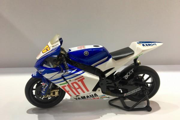 Yamaha YZR M1 GP No.46 1:12 NewRay