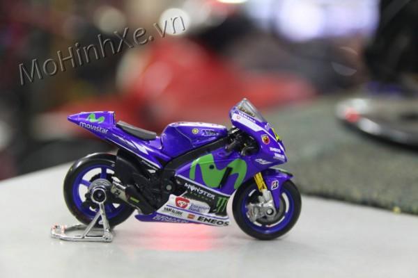 Yamaha YZR M1 GP No.46 1:18 Maisto