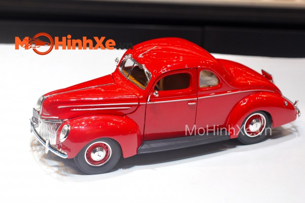 1939 Ford Deluxe 1:18 Maisto