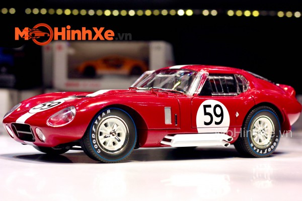 1965 Shelby Cobra Daytona Coupe 1:18 Shelby Collectibles