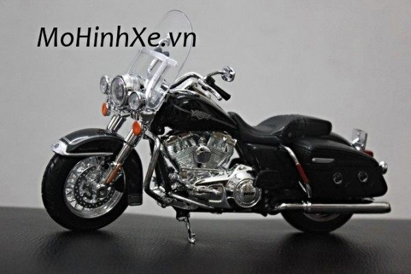 2013 Harley-Davidson FLHRC Road King Classic 1:12 Maisto