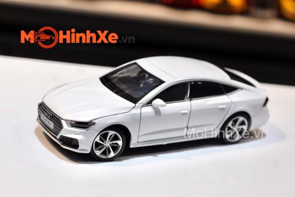Audi A7 1:32 Jackiekim