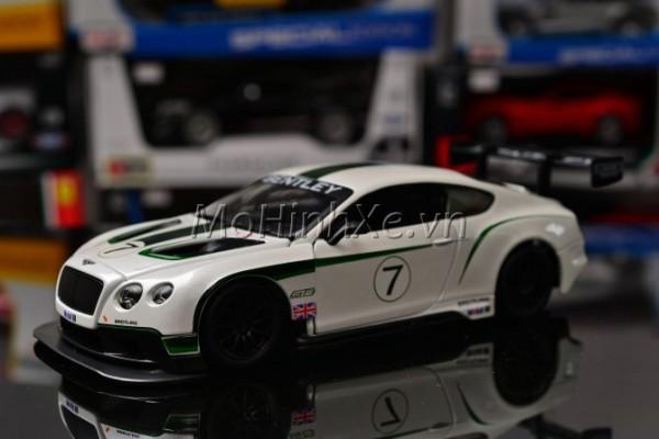 Bentley Continental GT3 No.7 1:24 Bburago