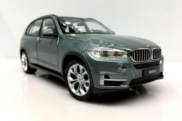 BMW X5 1:24 Welly-FX