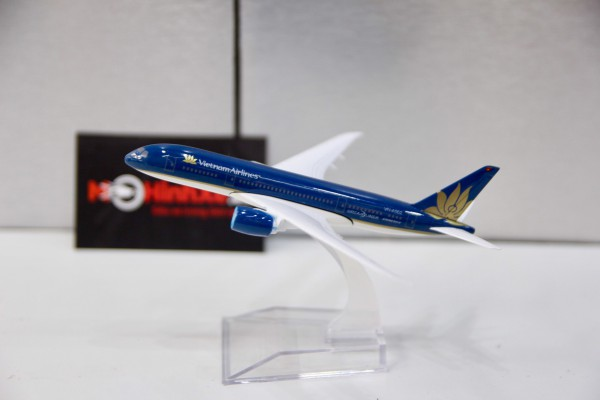 Boeing 787 Vietnam Airlines 1:400 Aircraft Model